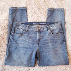 Old Navy Boyfriend Straight Jeans Crop Stretch